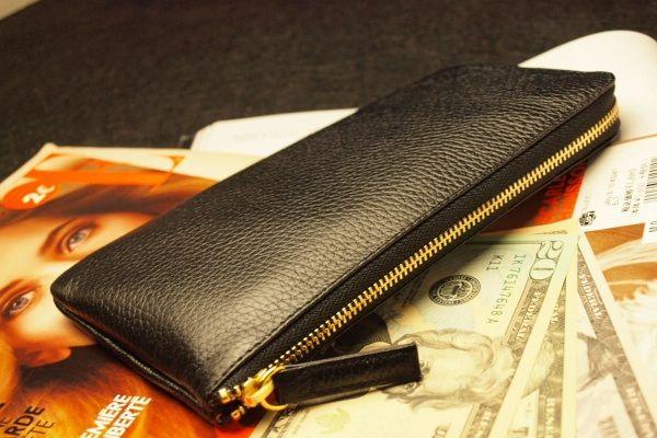 財布屋黒のレジサット