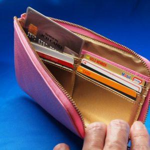 しあわせのピンク開運財布