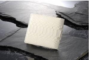 二つ折り白蛇財布